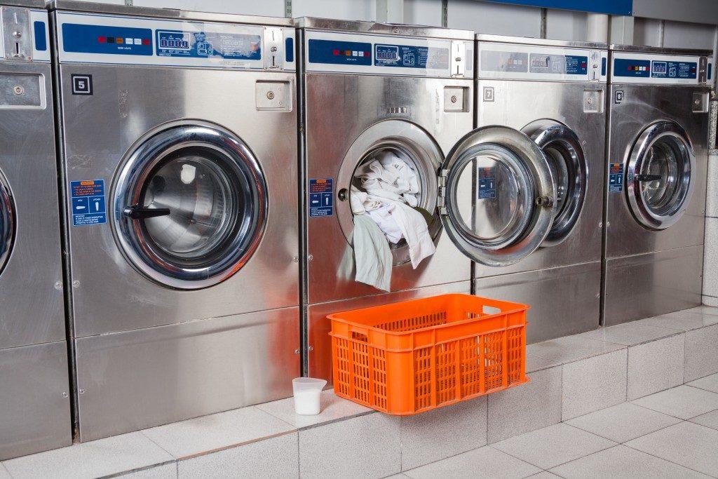 commercial laundry shop