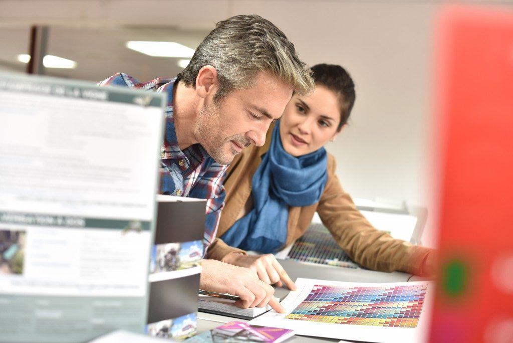 Discussing print colors