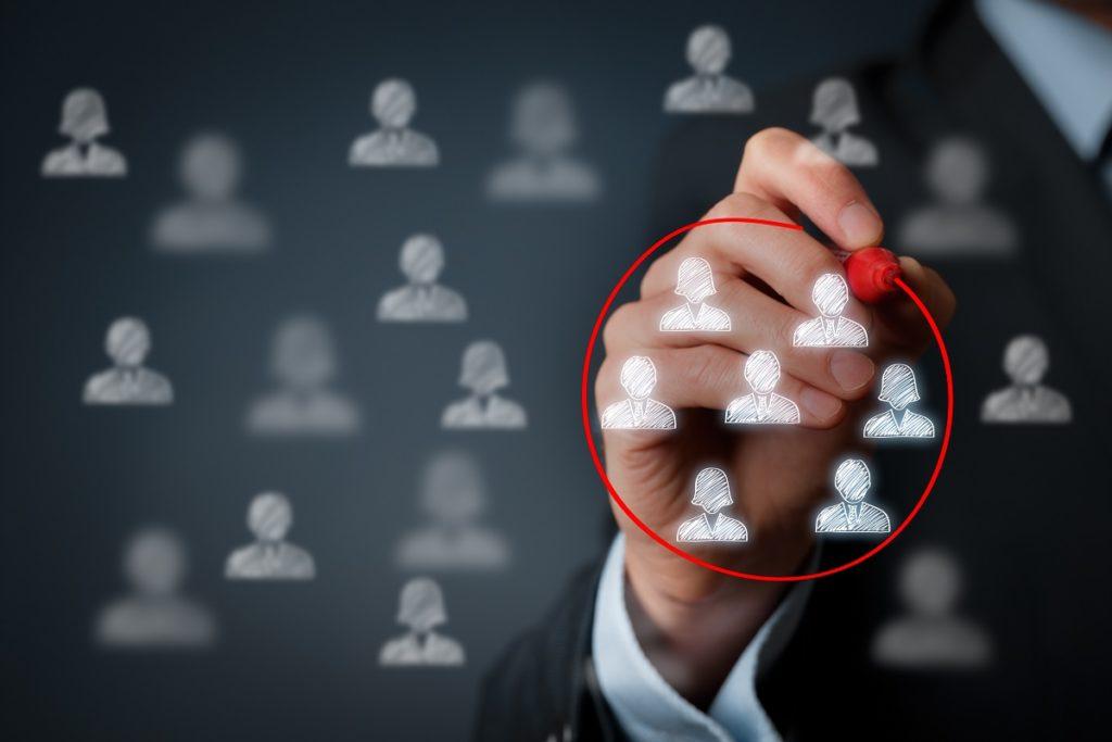 man circling person icons